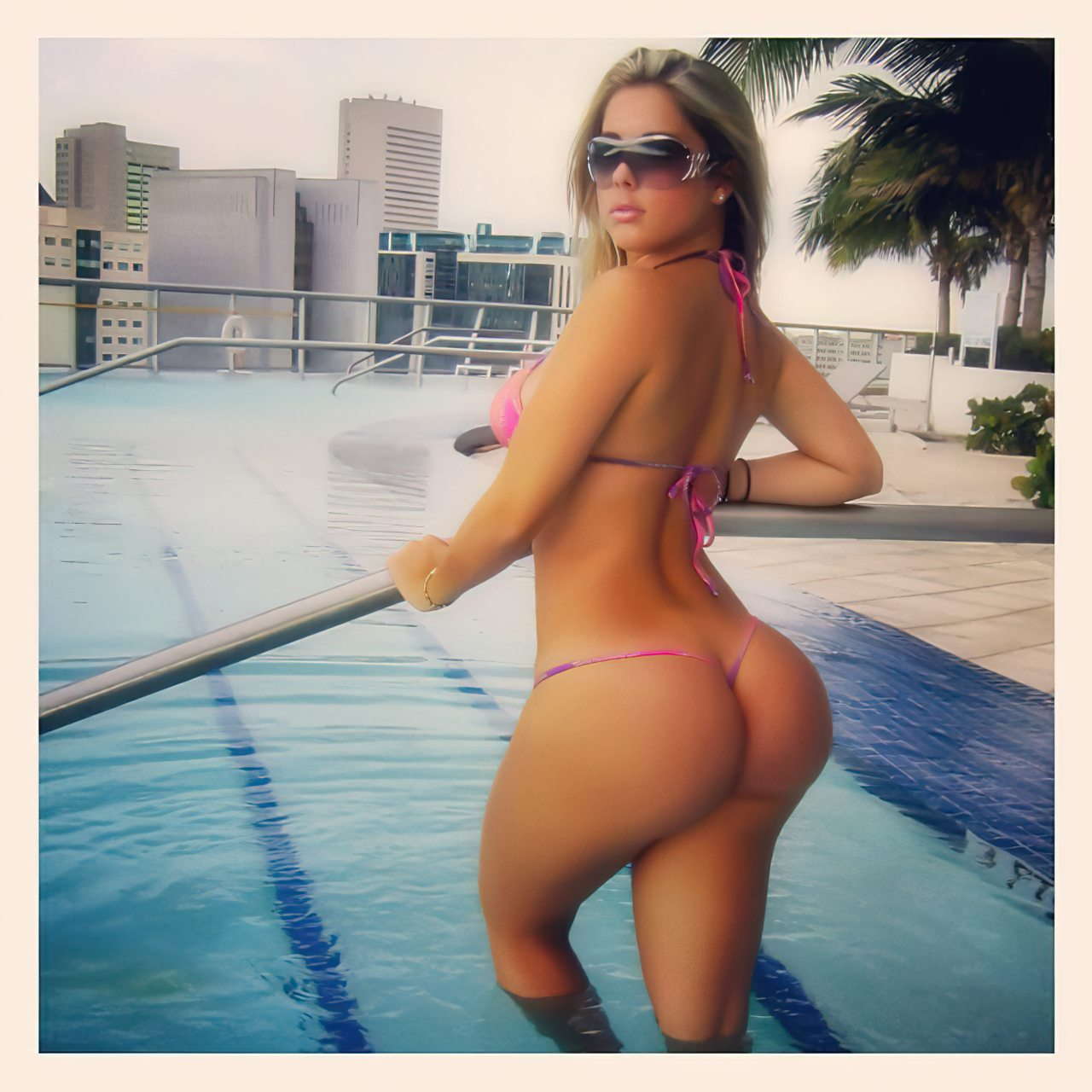 Kathy Ferreiro (33)