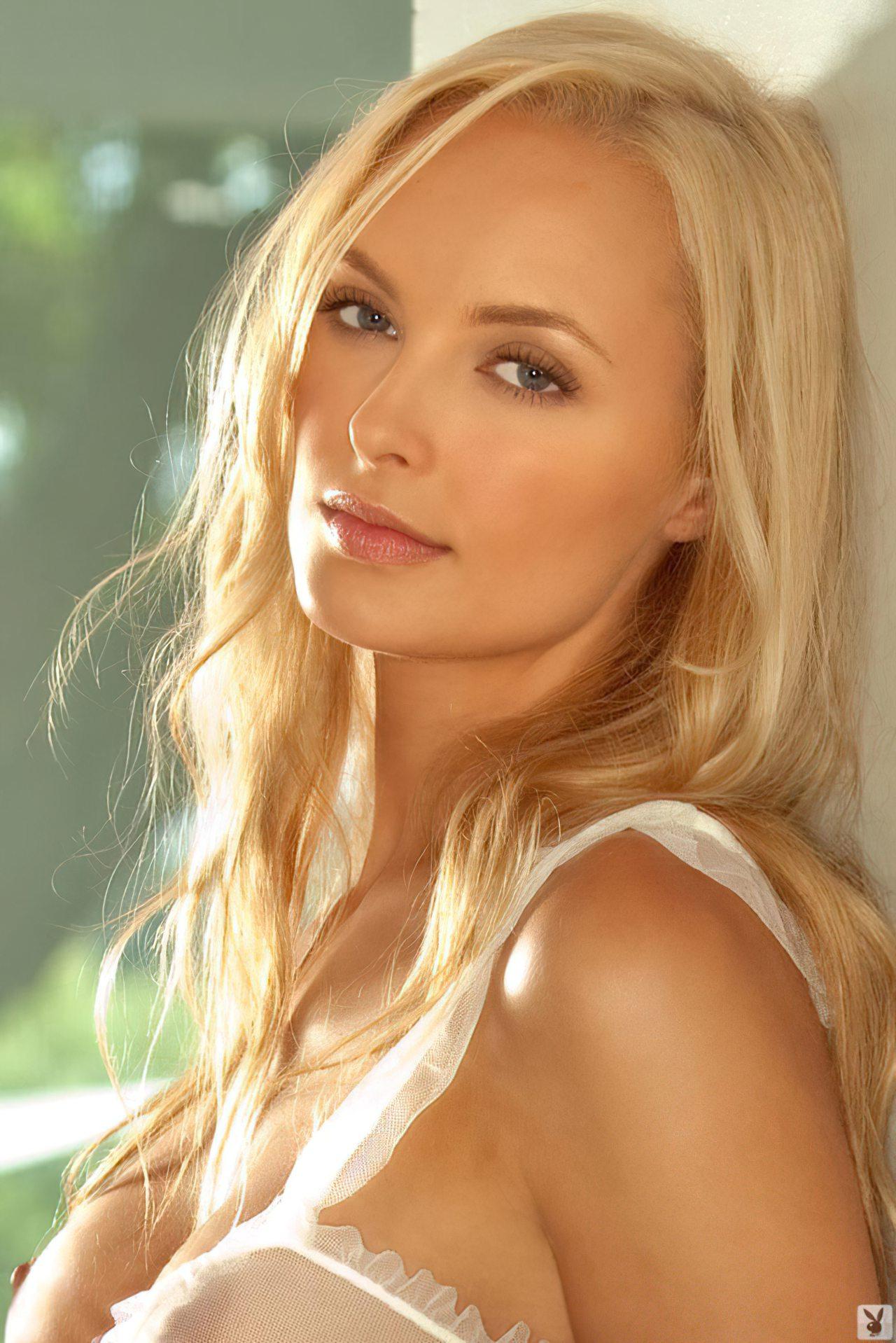 Sarah Bechard (2)