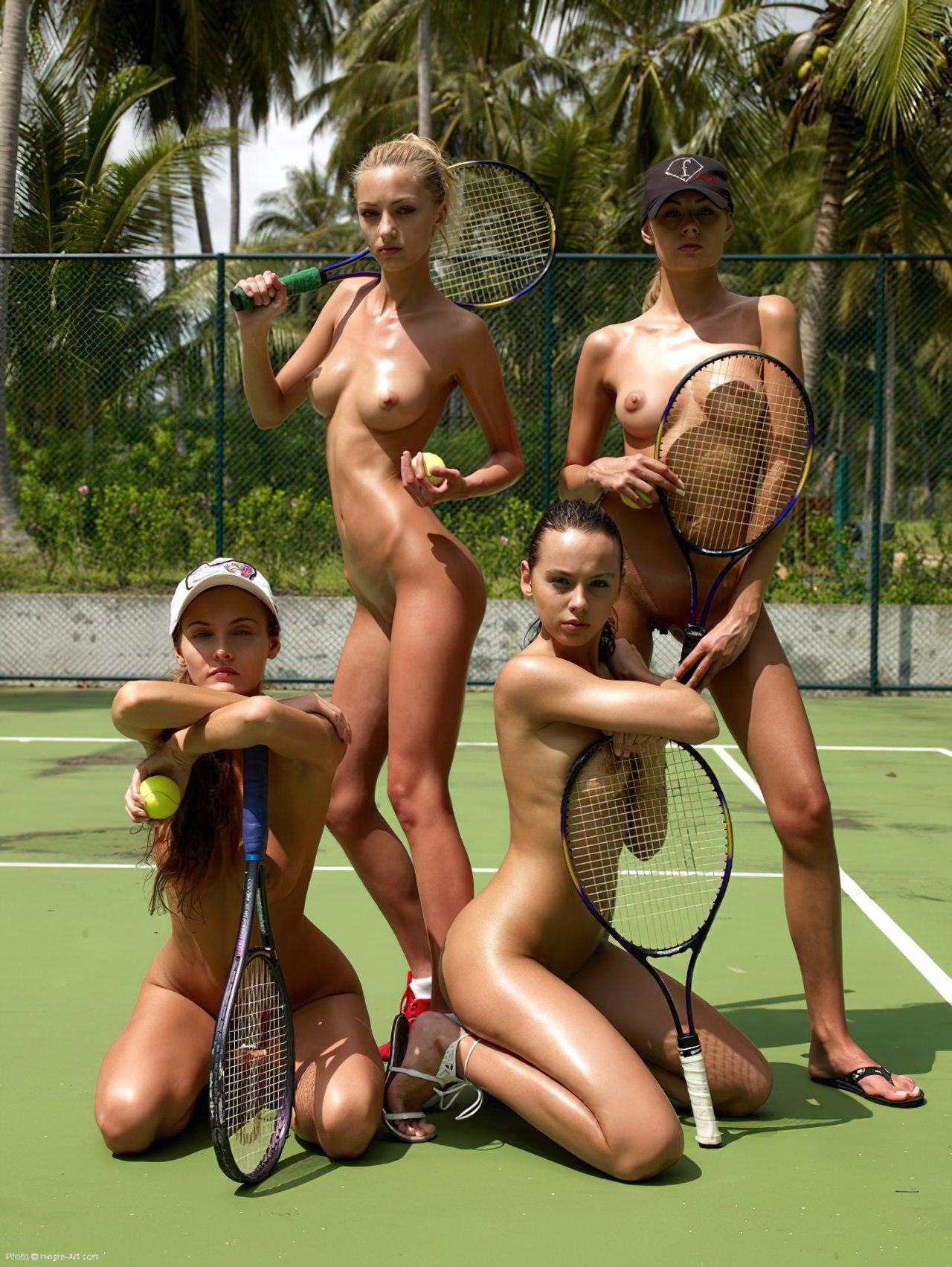 Tenistas Nuas