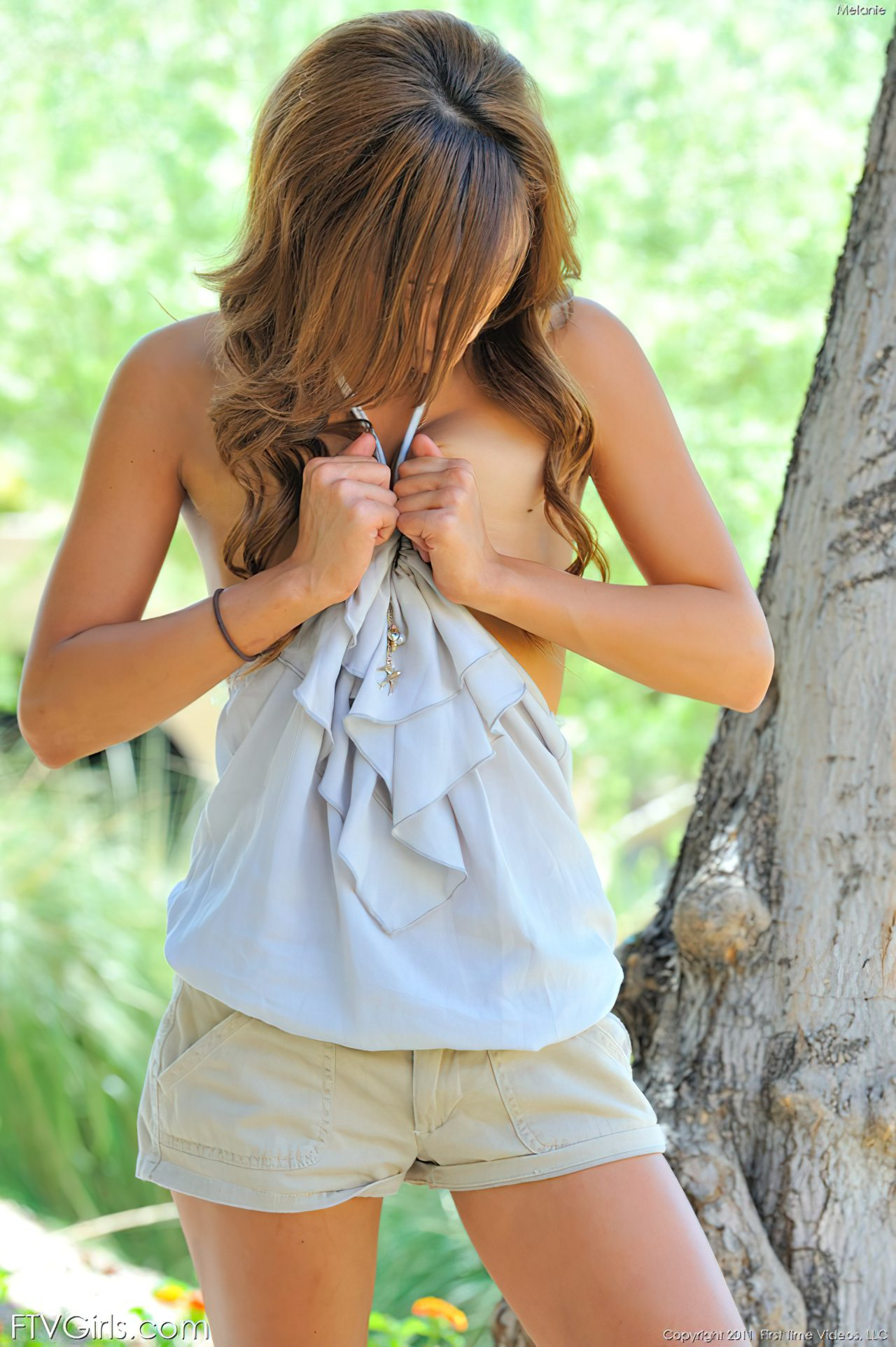 Melanie Rios (6)