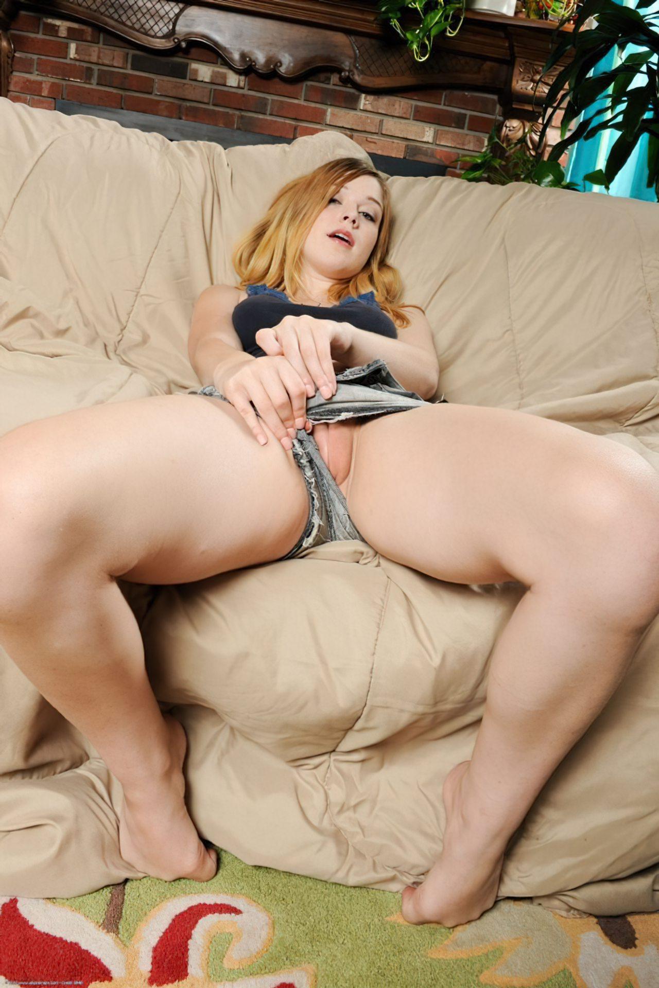 Alaina Fox (2)