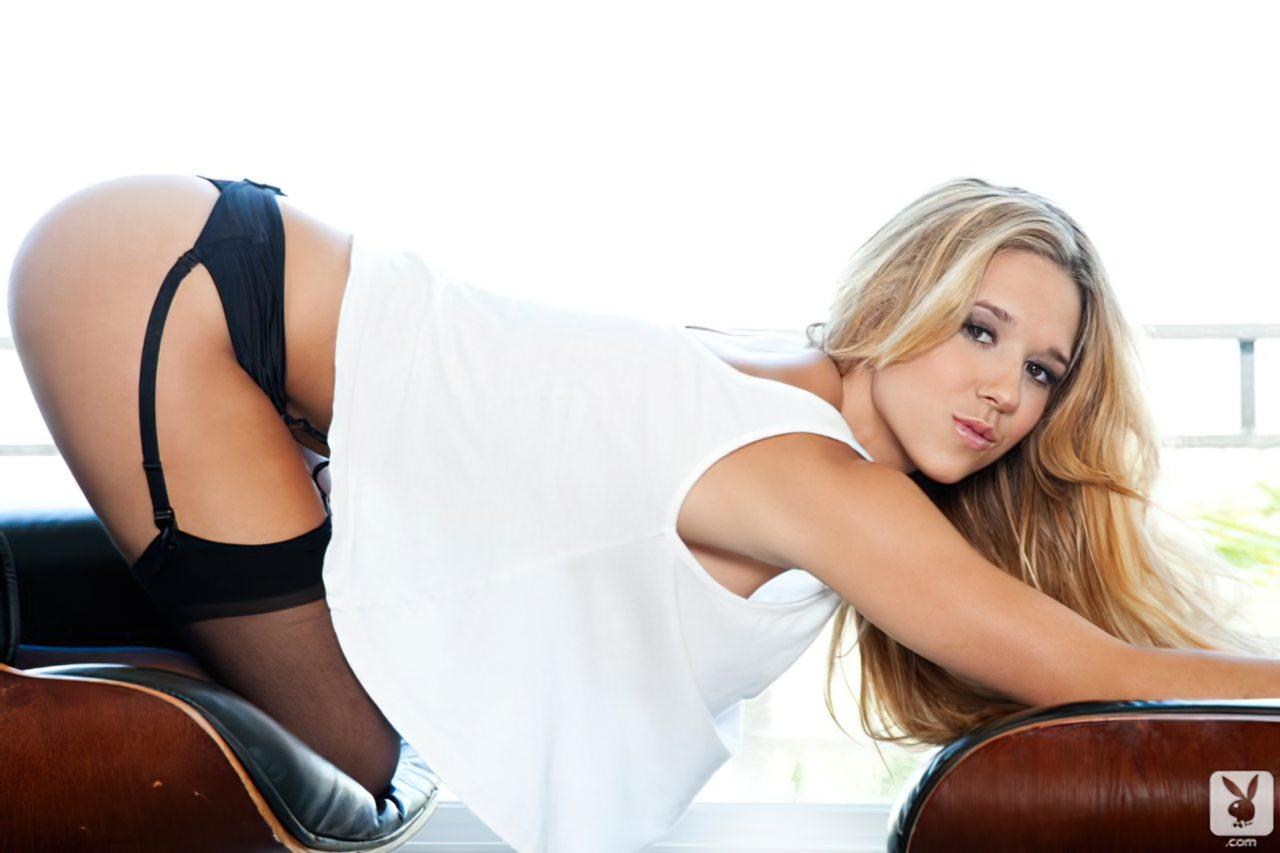 Carlye Denise (2)