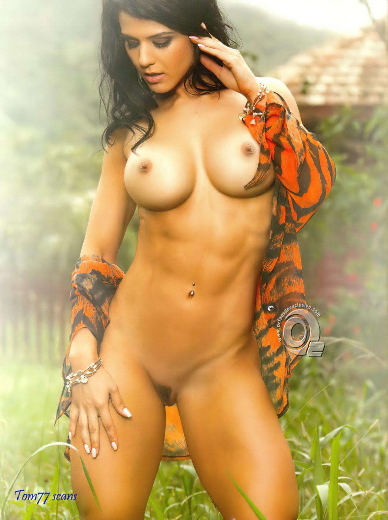 Eva Andressa (20)