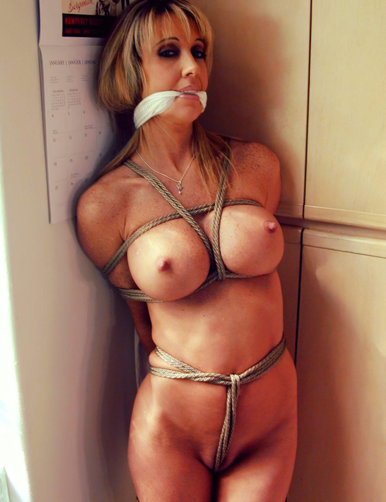 Mulheres Peladas Nuas (42)