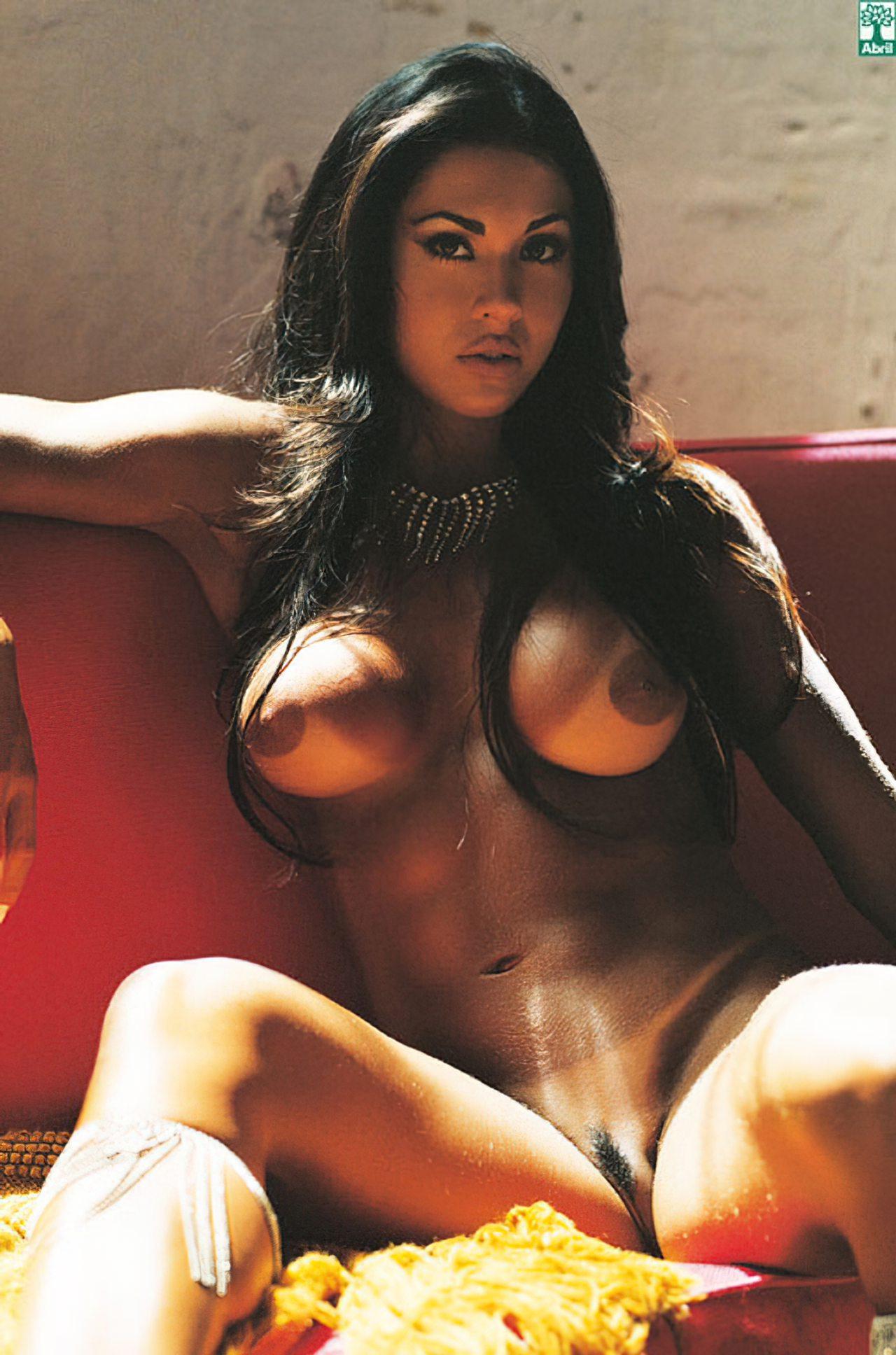 leonela porno pau