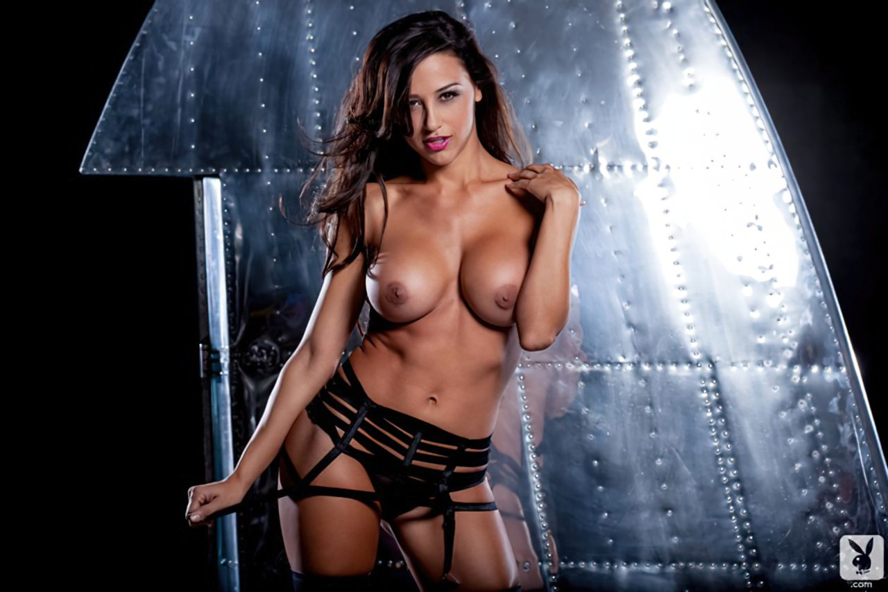 Ana Cheri (3)