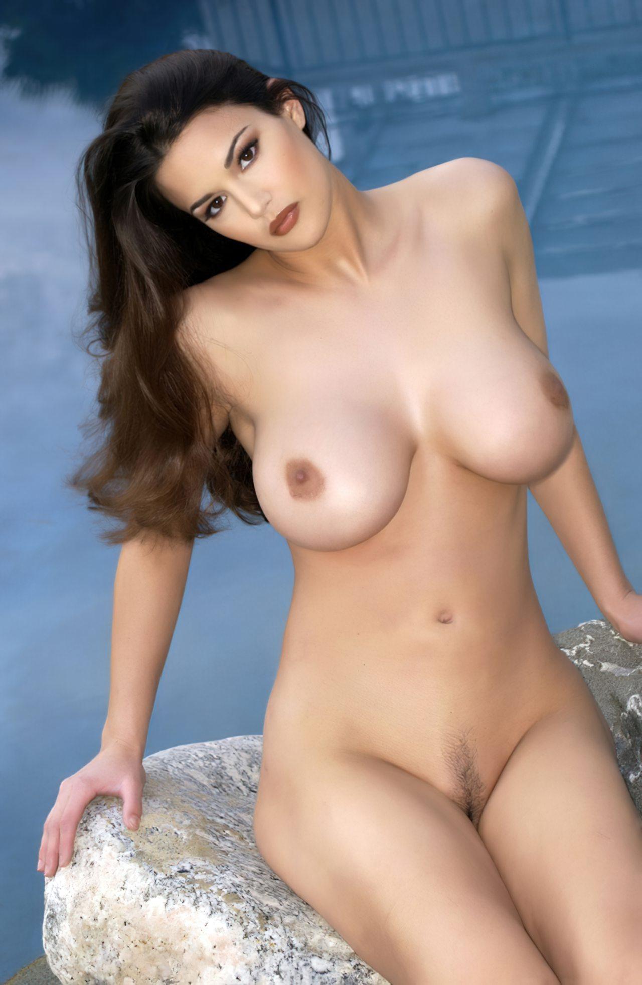 Playmate Tiffany Taylor