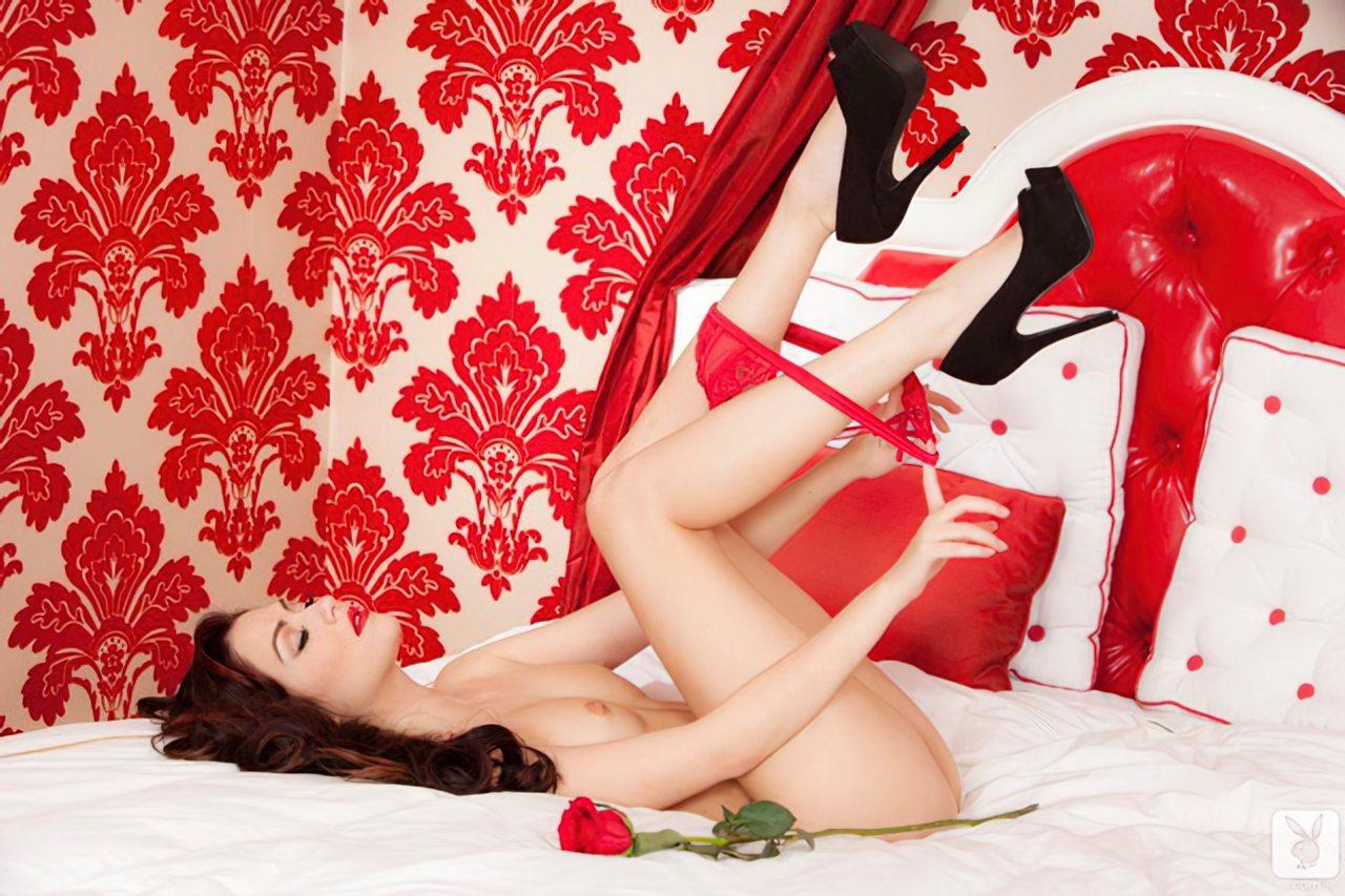 Cassie Laine (5)