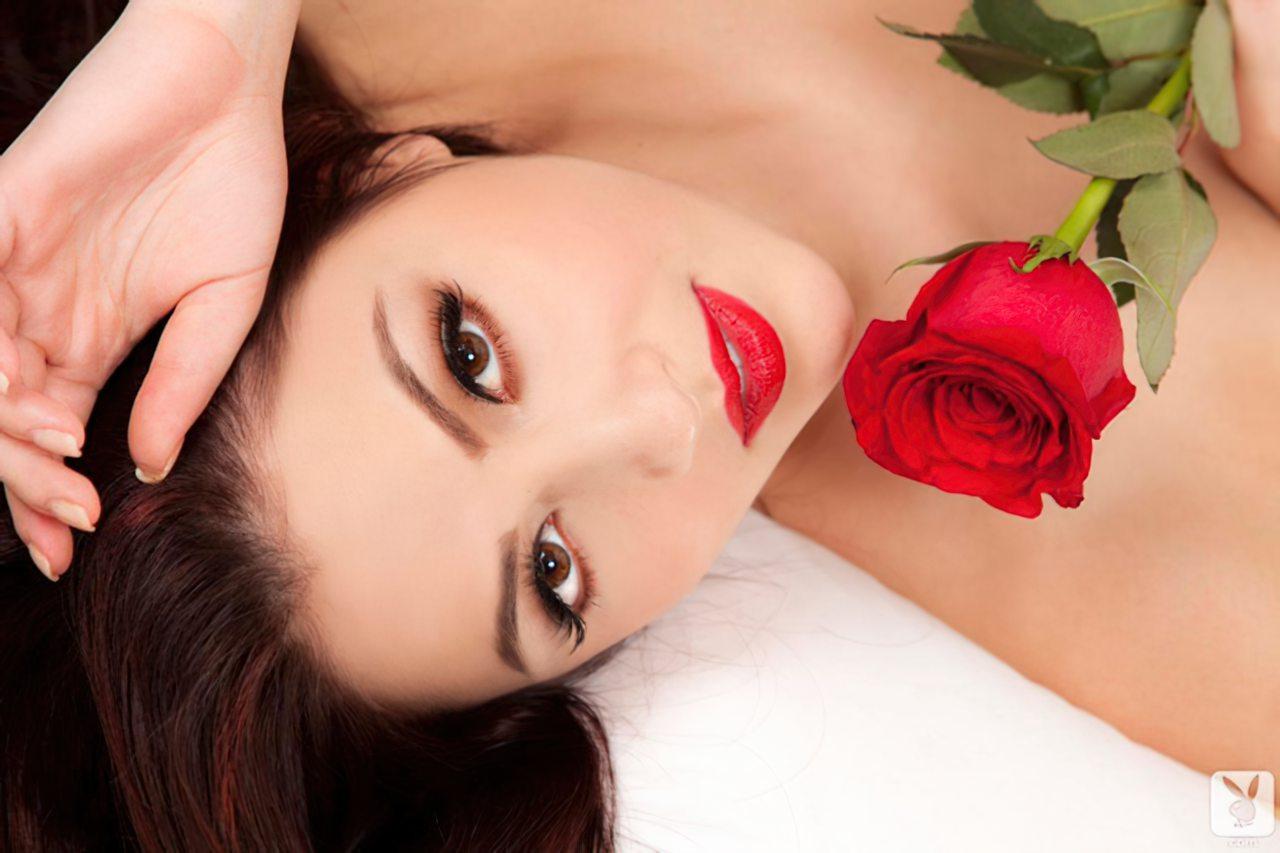 Cassie Laine (9)