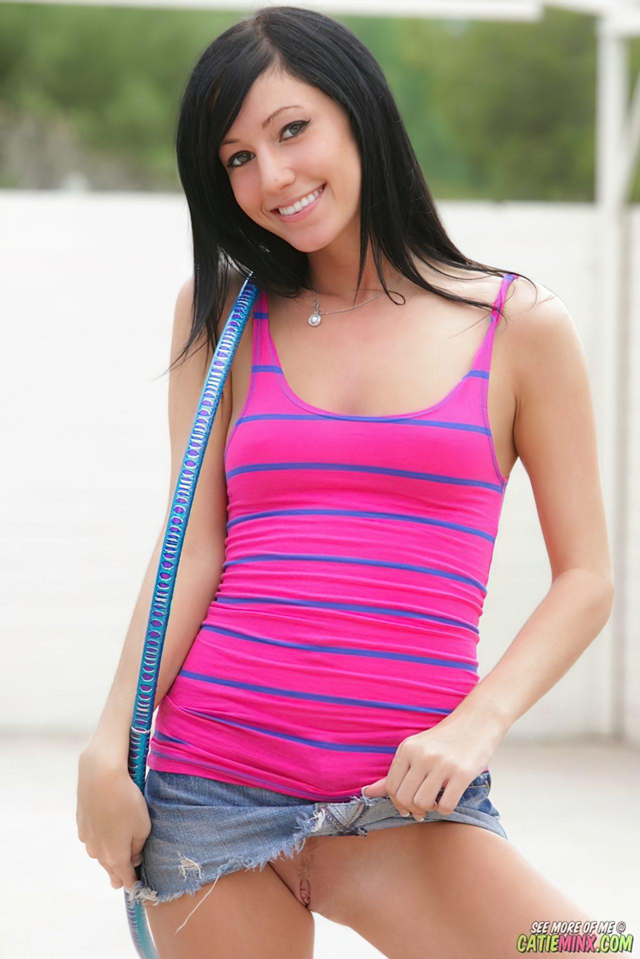 Catie Minx (5)