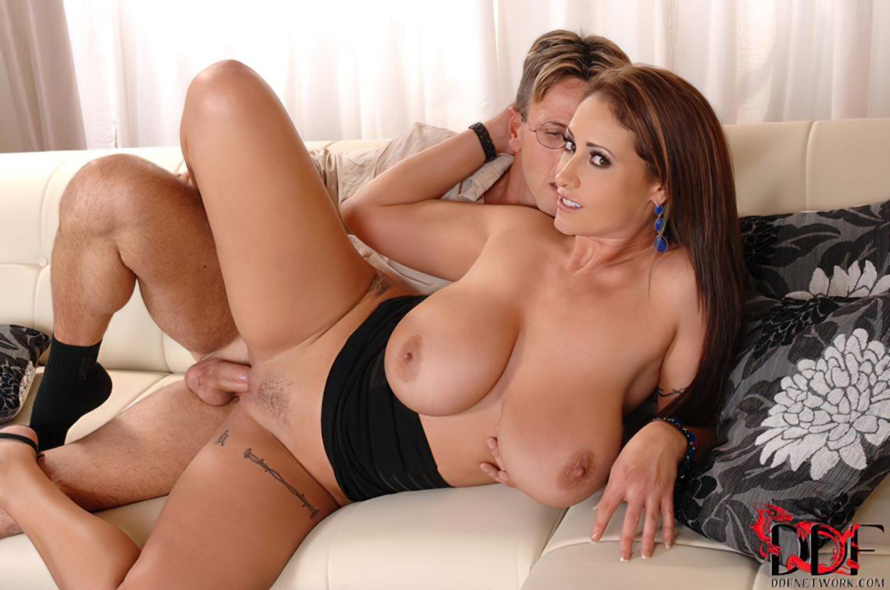 Eva Notty (59)