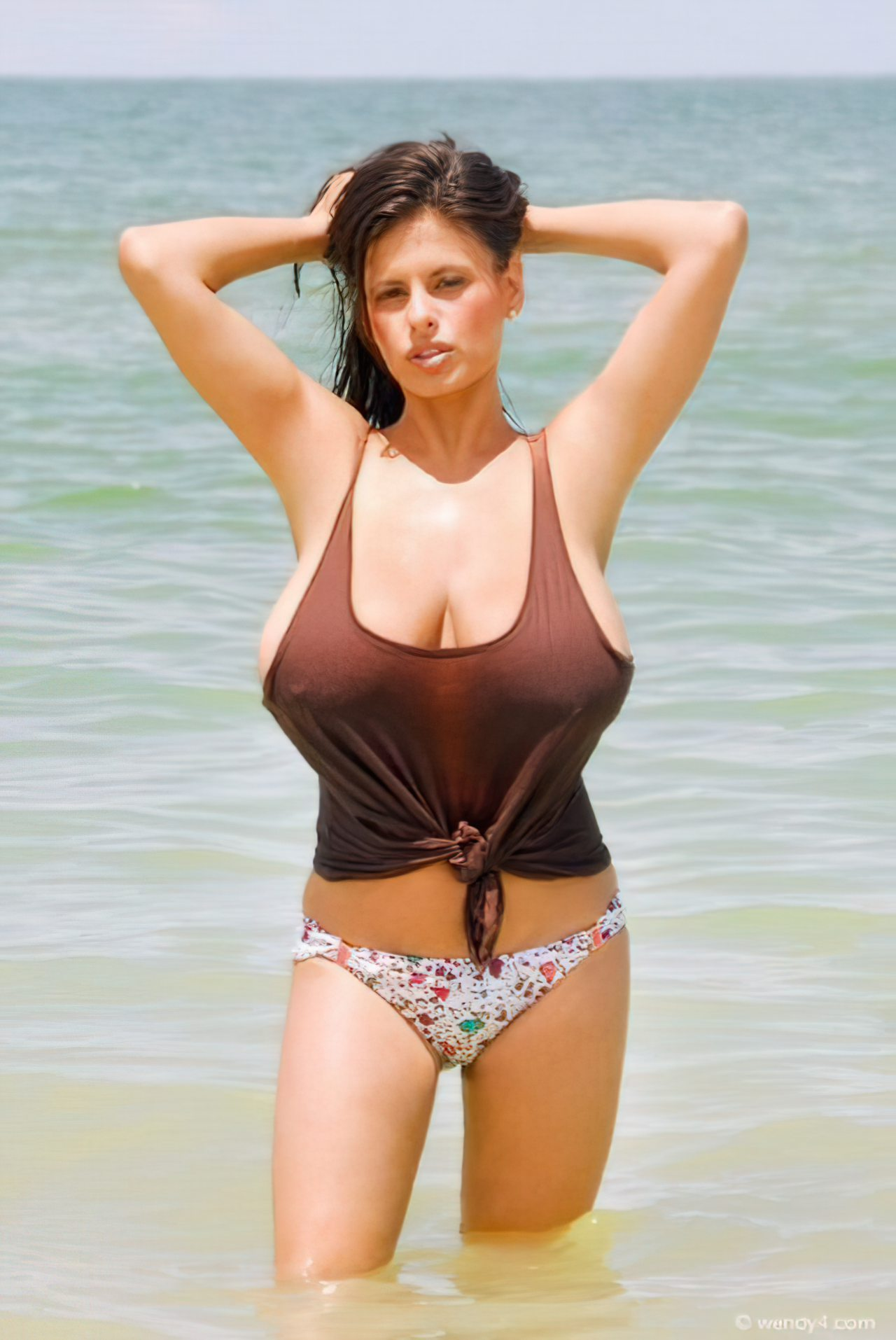 Wendy Fiore (28)