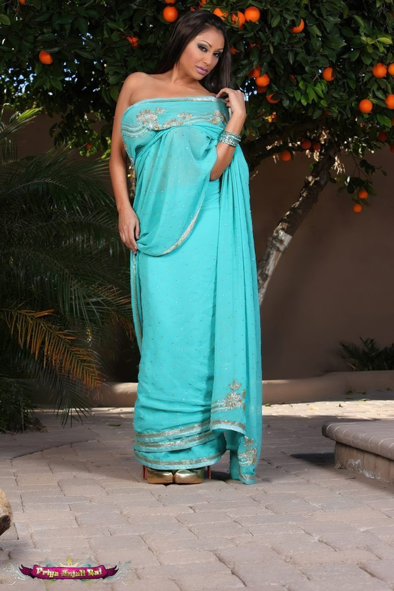 Sedutora Priya Rai (1)