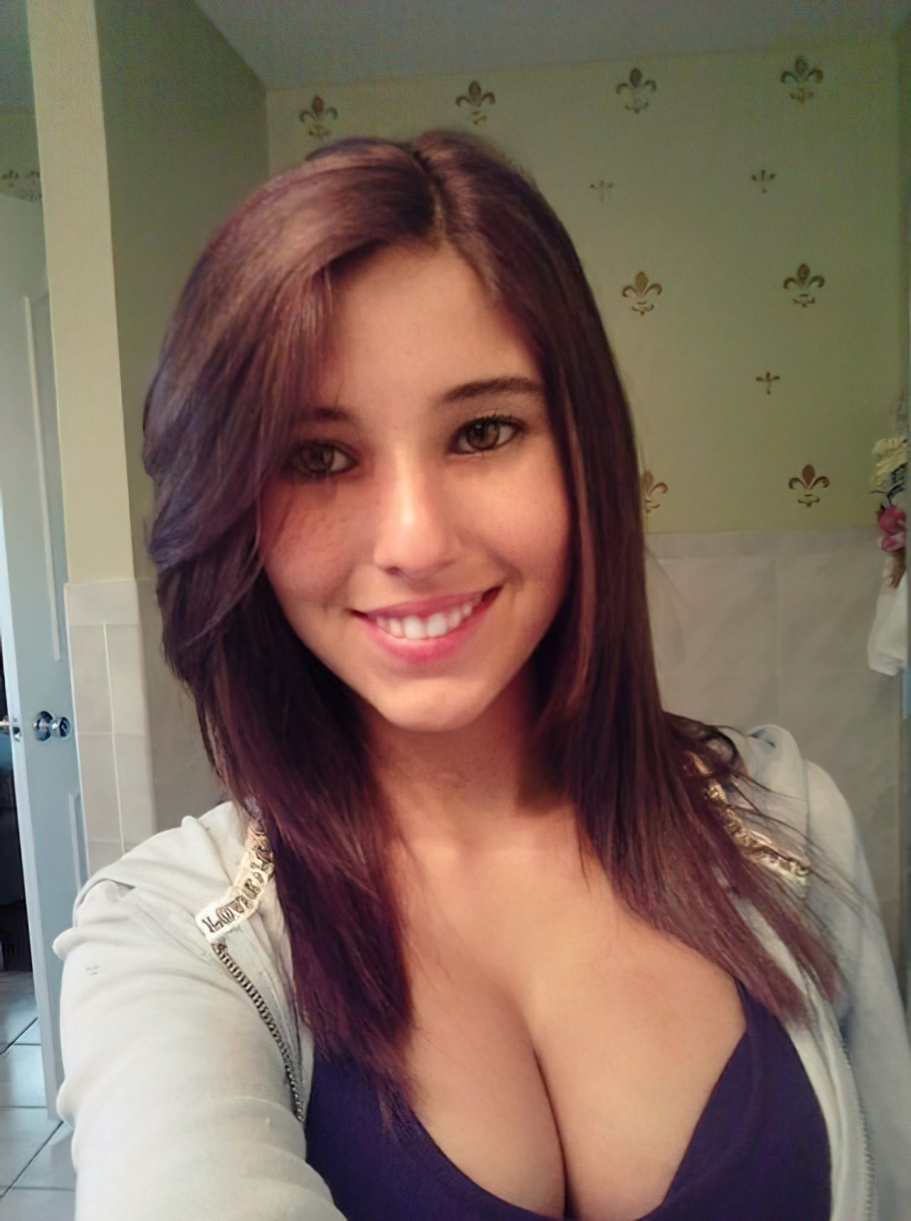 Angie Verona (10)