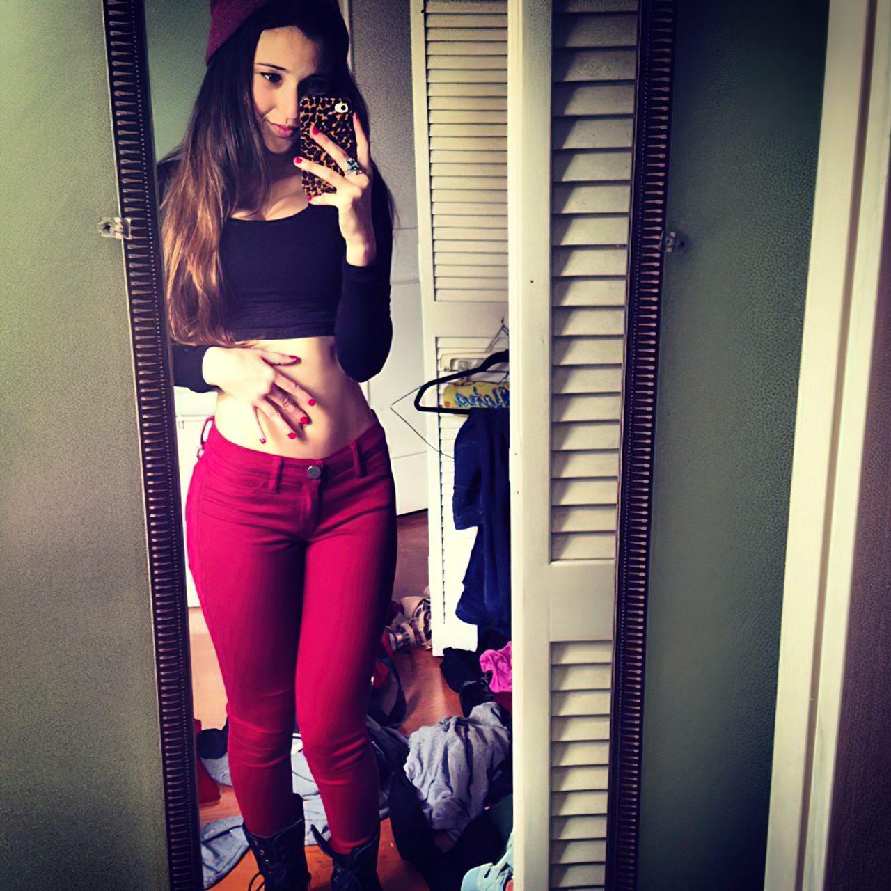 Angie Verona (17)