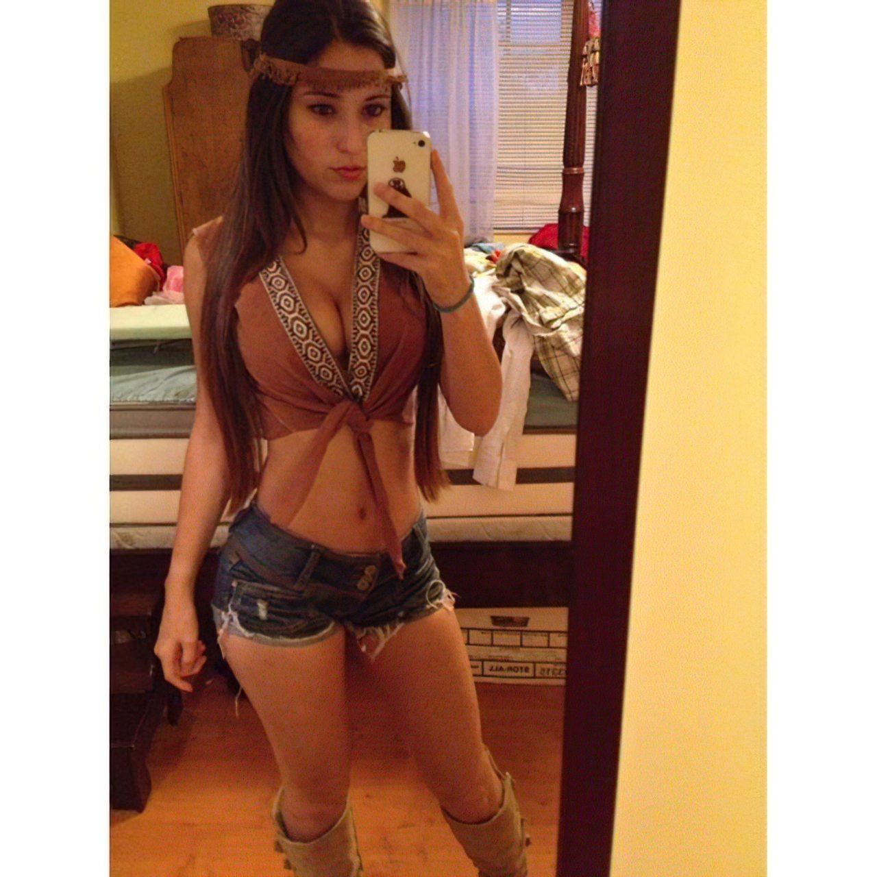 Angie Verona (26)