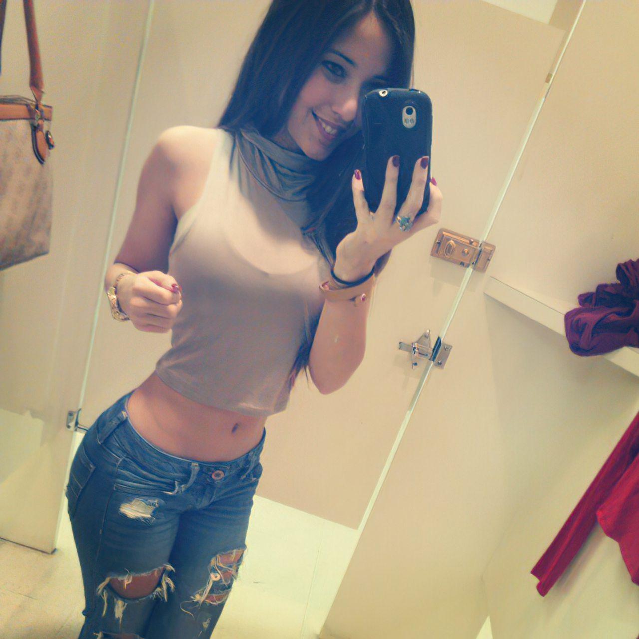 Angie Verona (43)