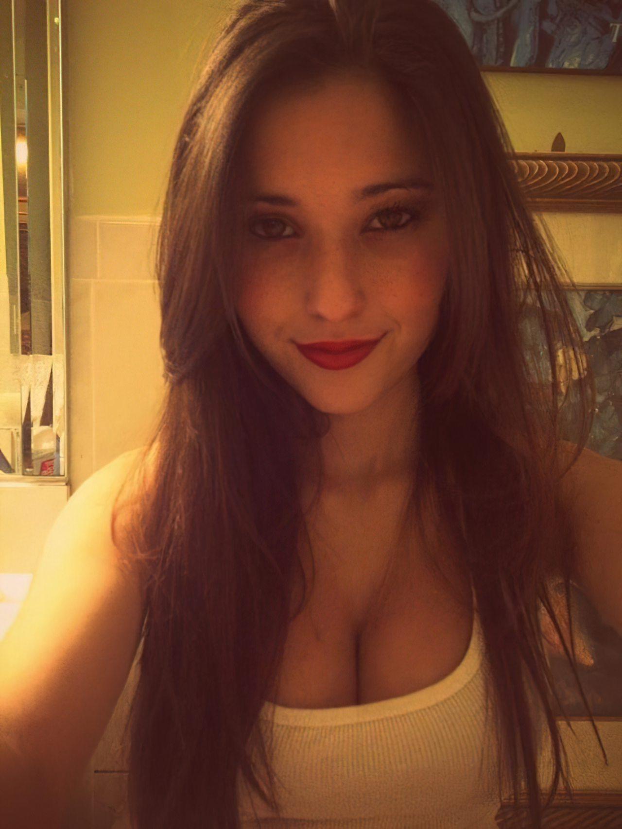 Angie Verona (7)