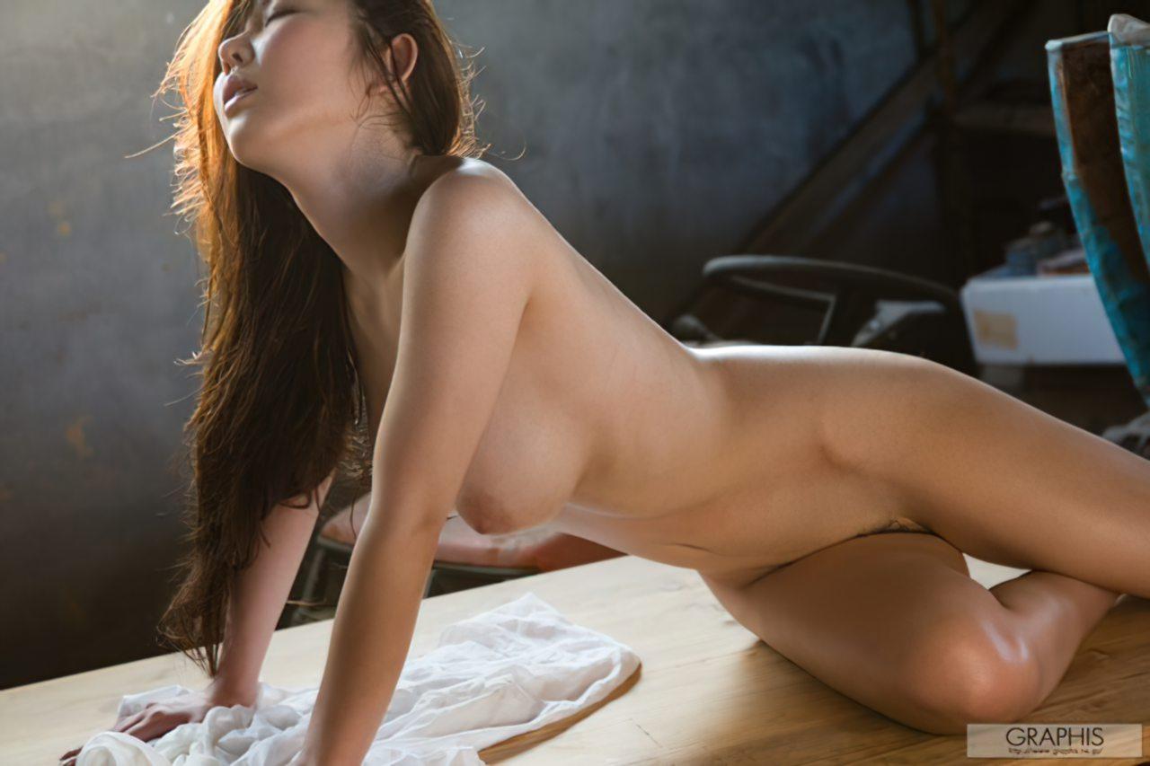 Azumi Kinoshita (27)