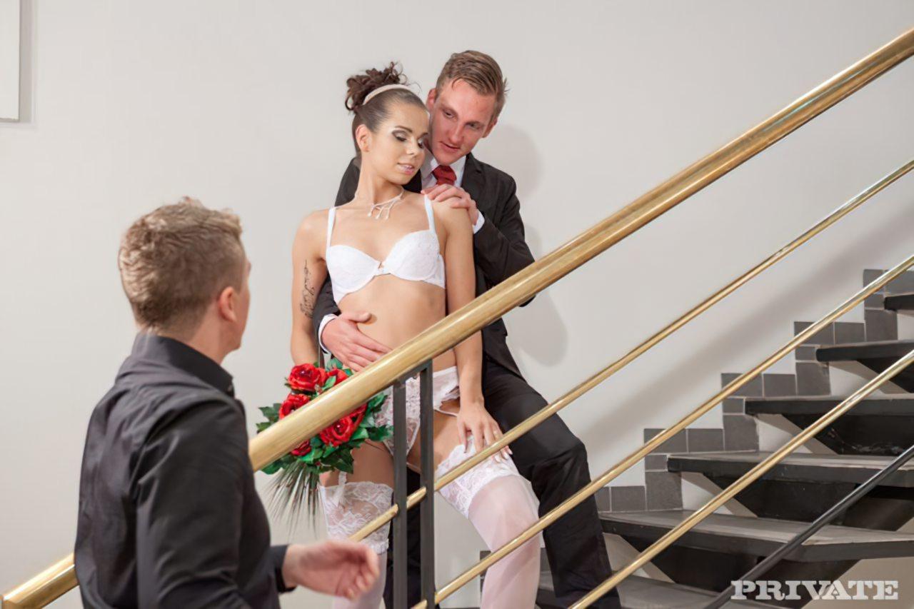 Sexo em Grupo Antes do Casamento (1)