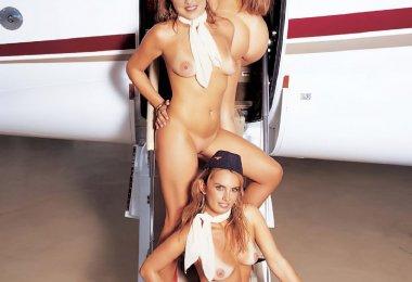 Aeromoças Nuas (7)