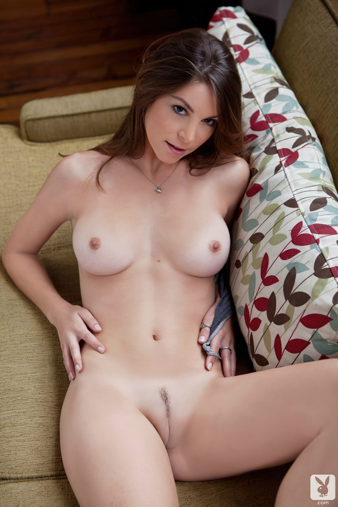 Amber Sym (68)