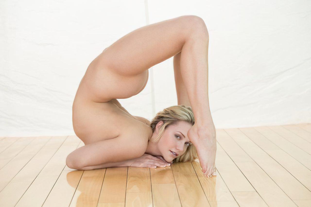 Mia Malkova (19)
