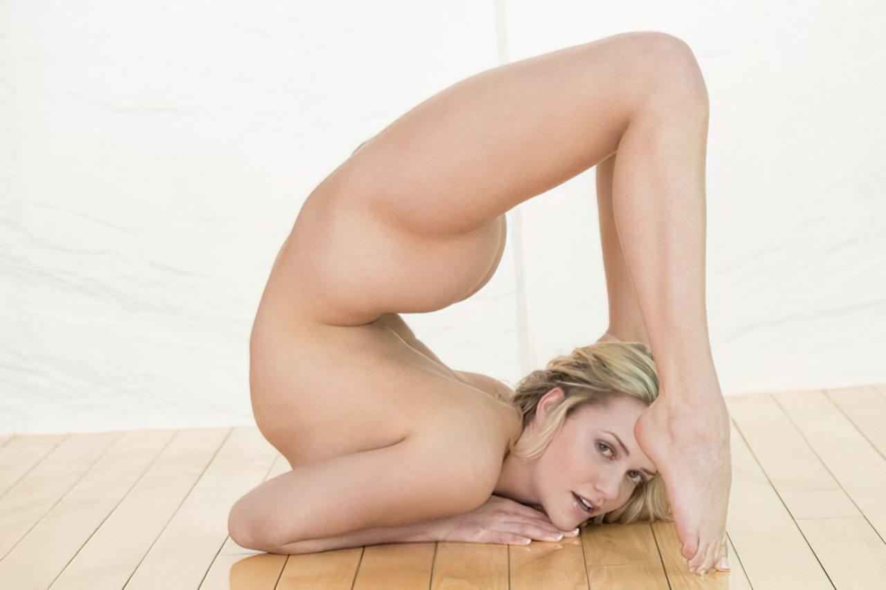 Mia Malkova (20)