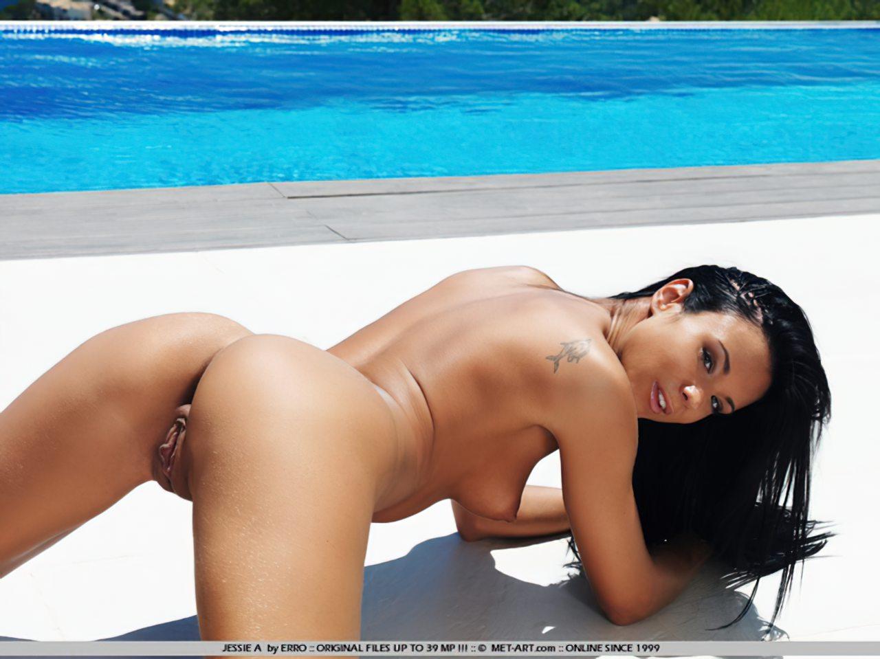 Ashley Bulgari (11)