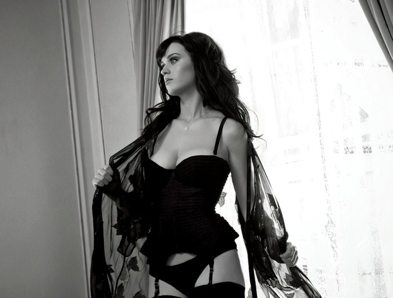 Katy Perry (44)
