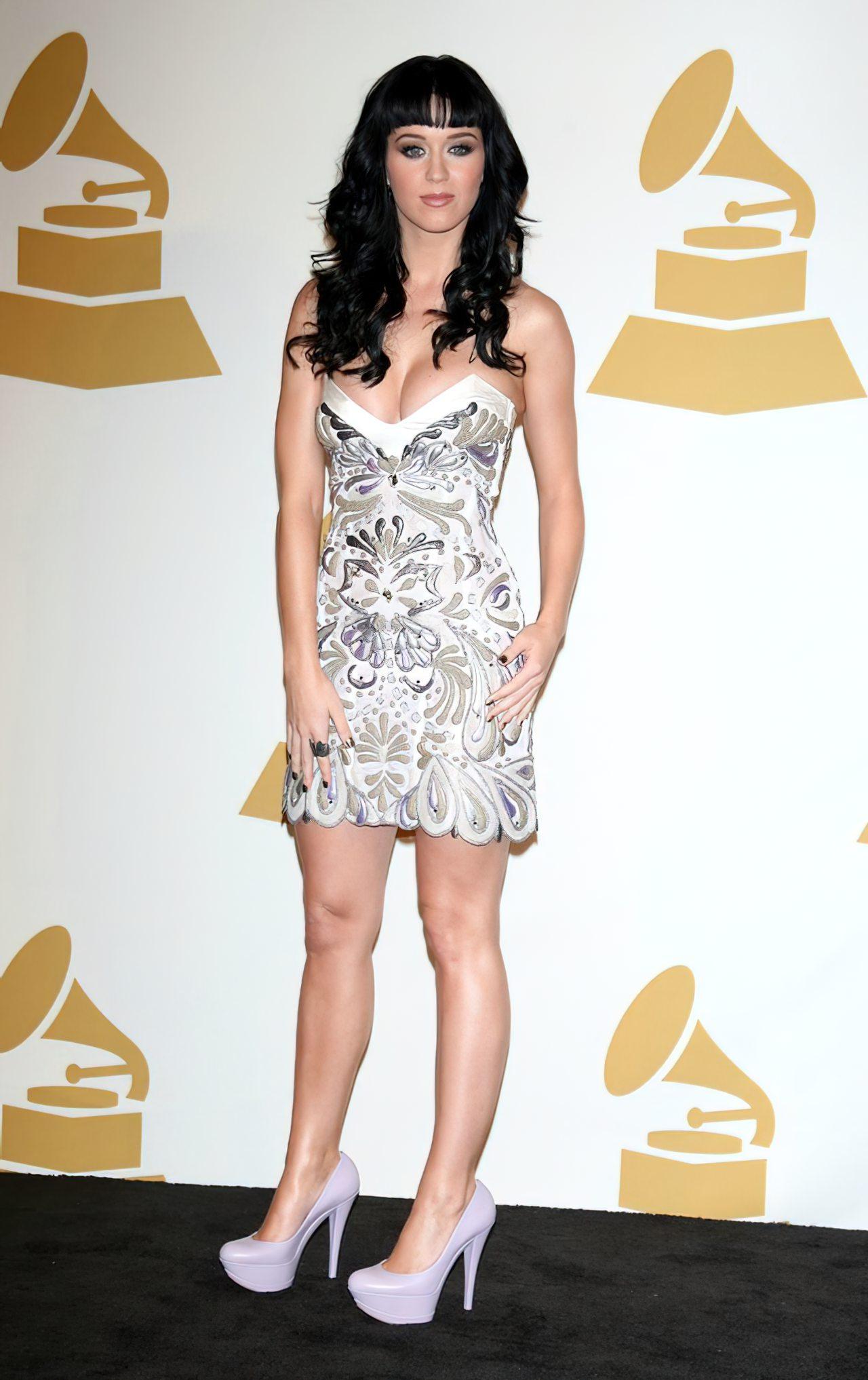 Katy Perry (49)