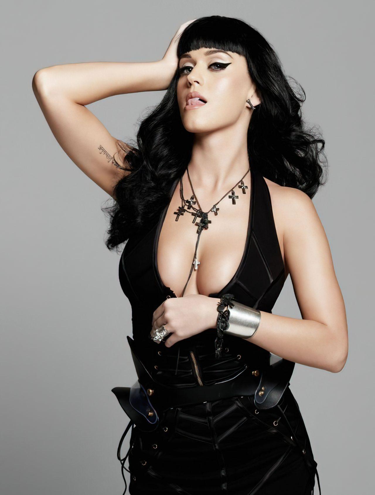 Katy Perry (69)