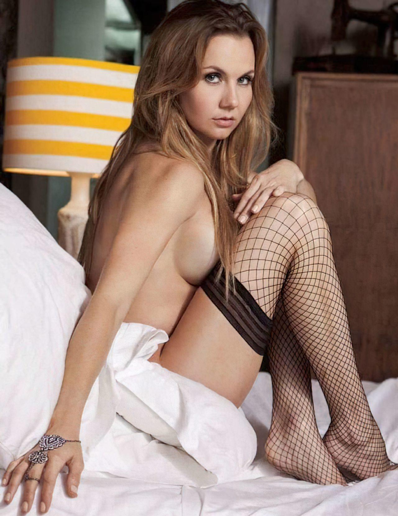 Michelle Vieth (33)