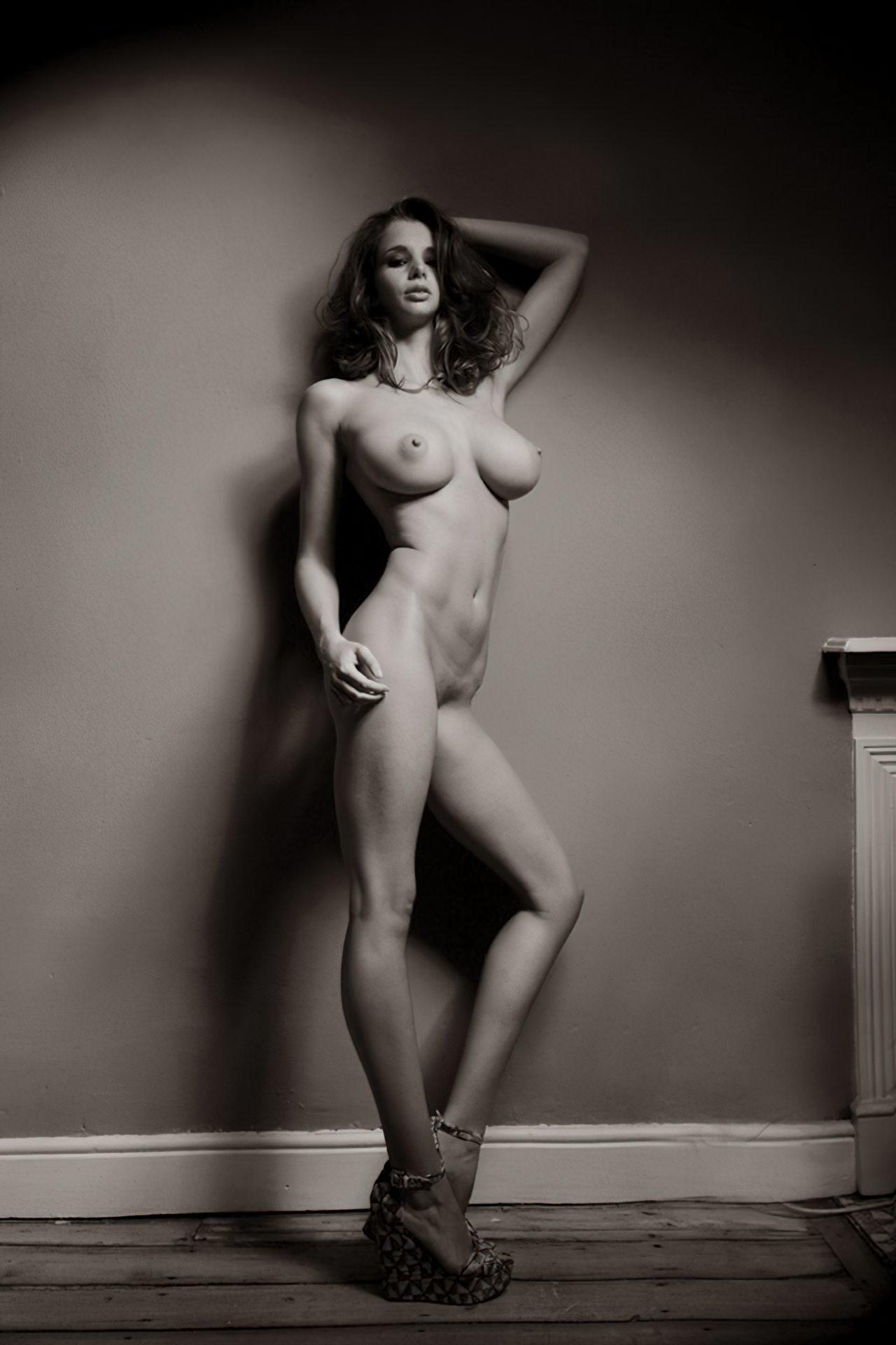Mulher Inglesa Nua (6)