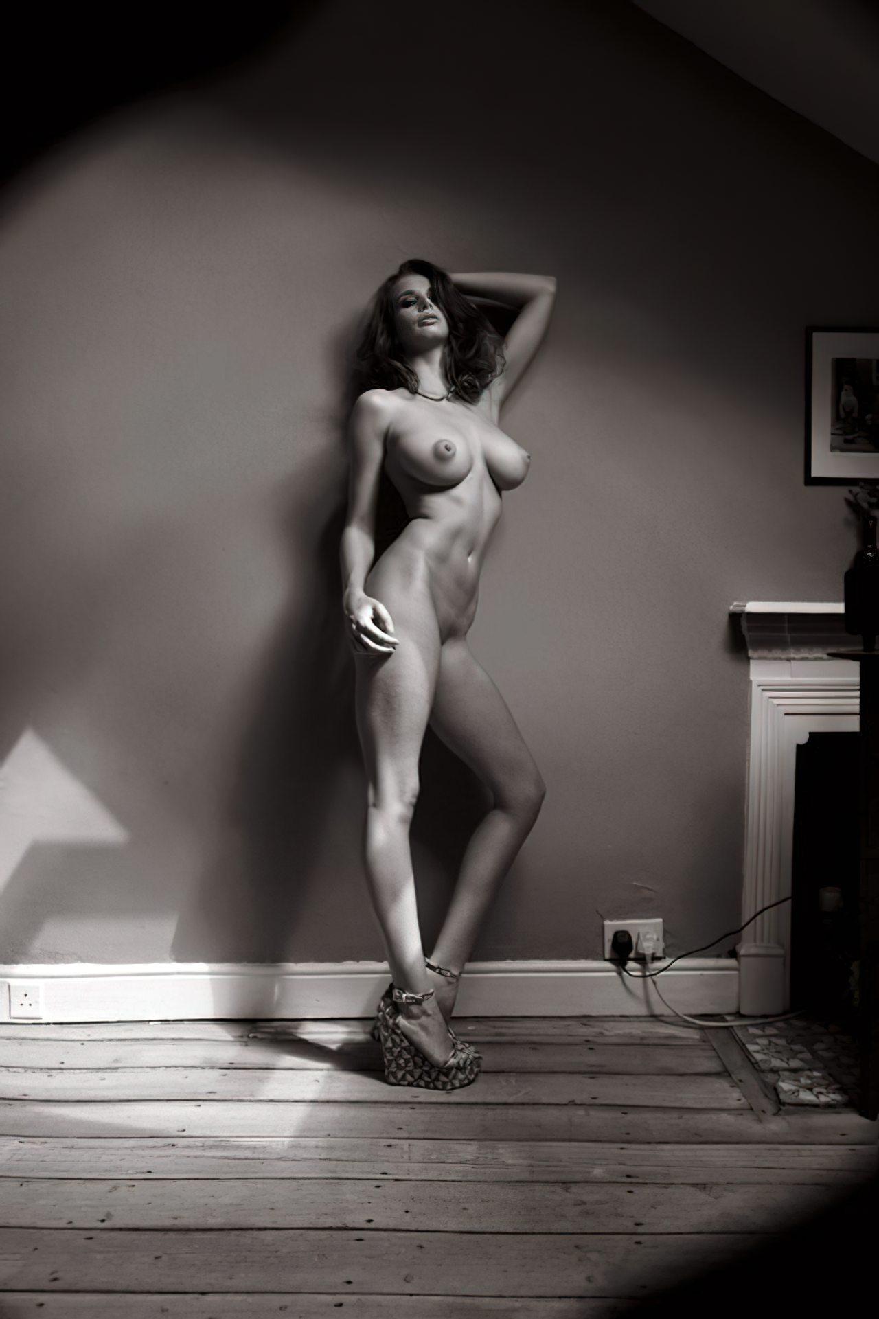 Mulher Inglesa Nua (7)