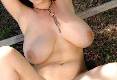 Joanna Bliss Pelada