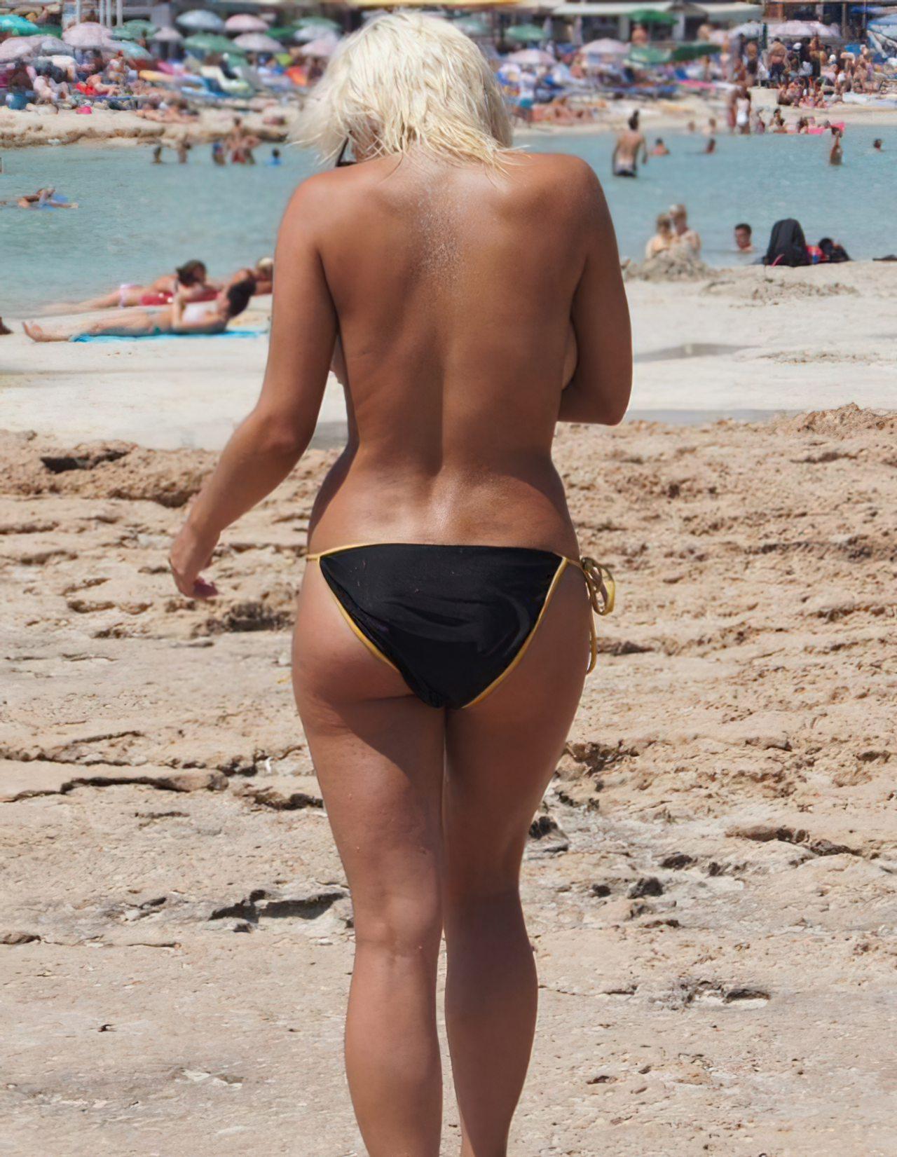 Topless na Praia (6)