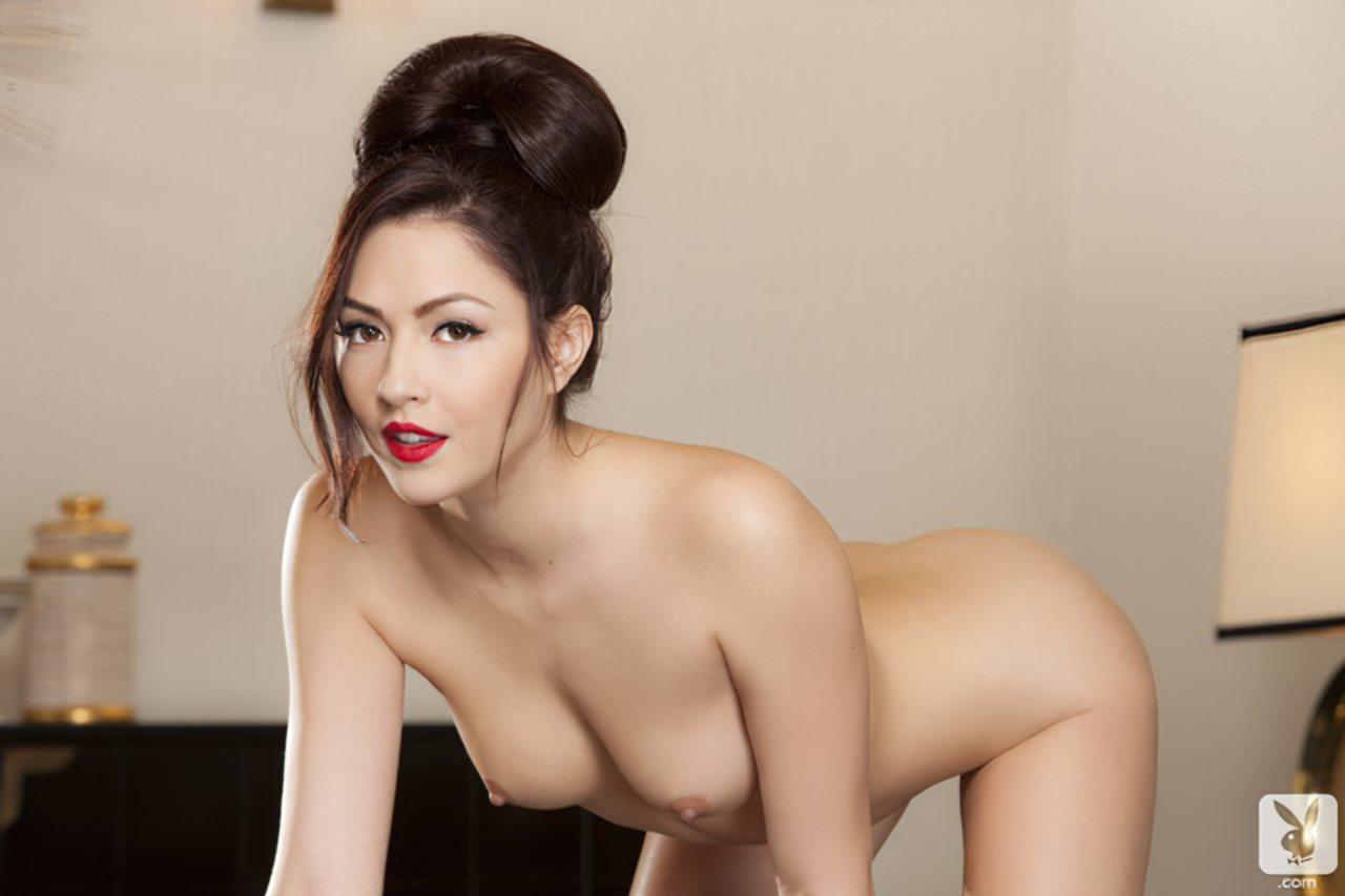 Cassie Laine (43)