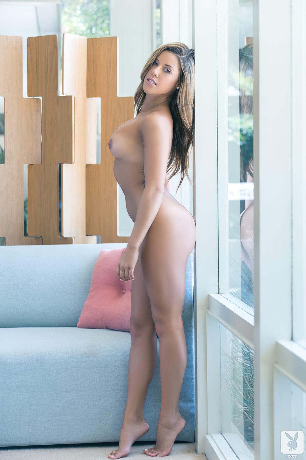 Shallana Marie (21)