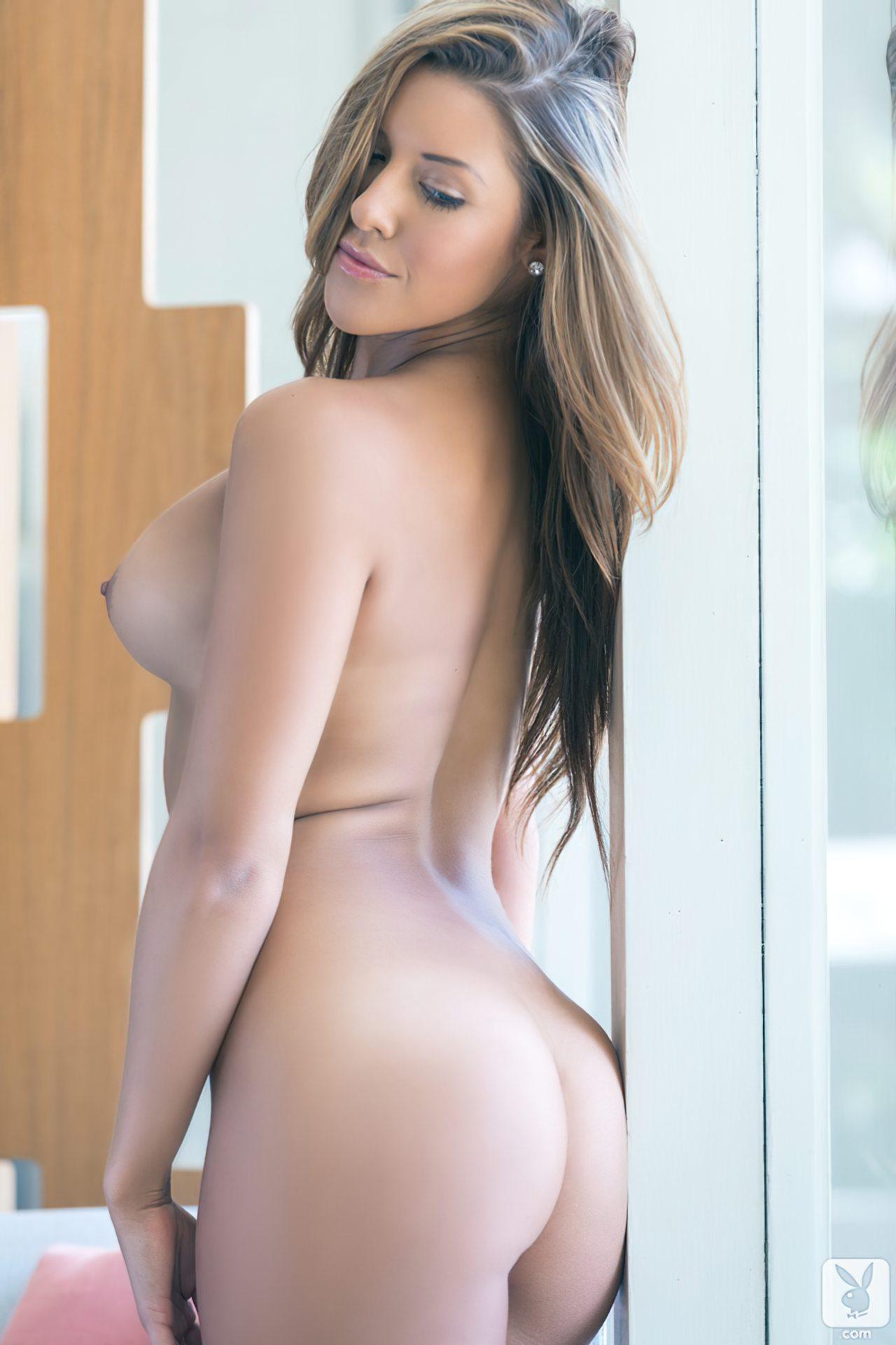 Shallana Marie (22)