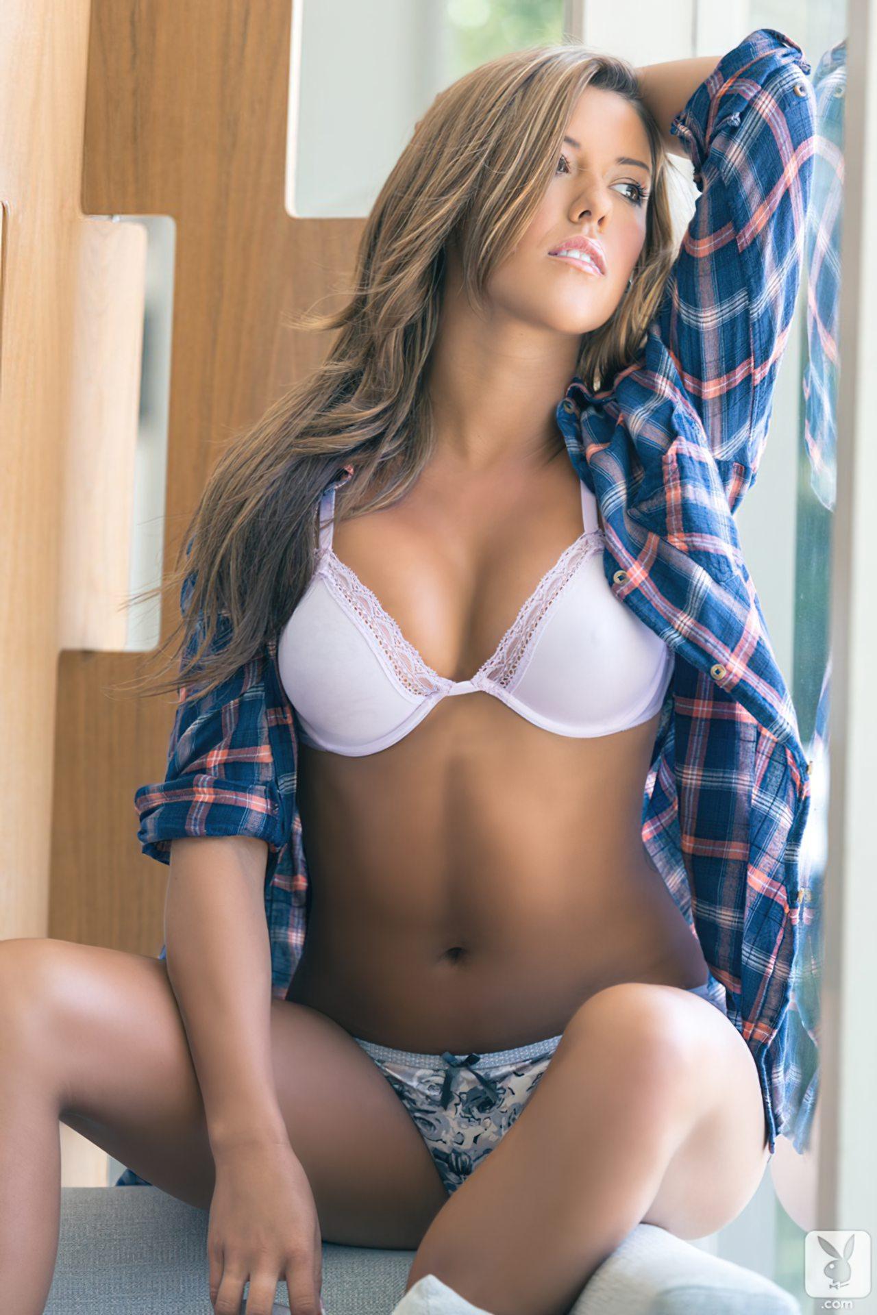 Shallana Marie (31)