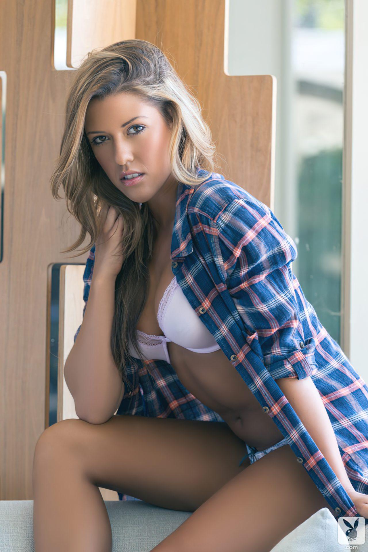 Shallana Marie (34)