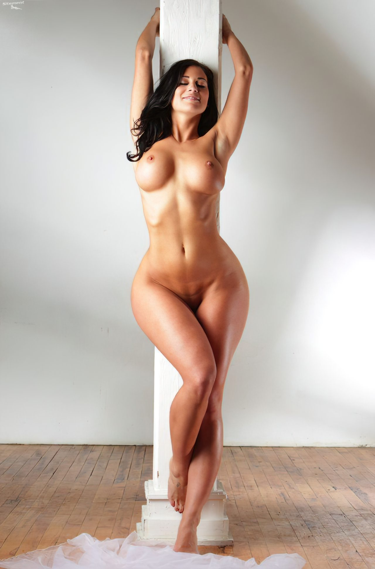 Rachelle Wilde Nua