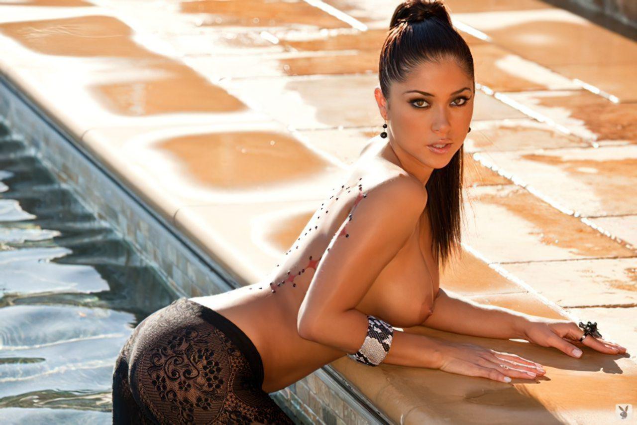 Arianny Celeste Nua (2)