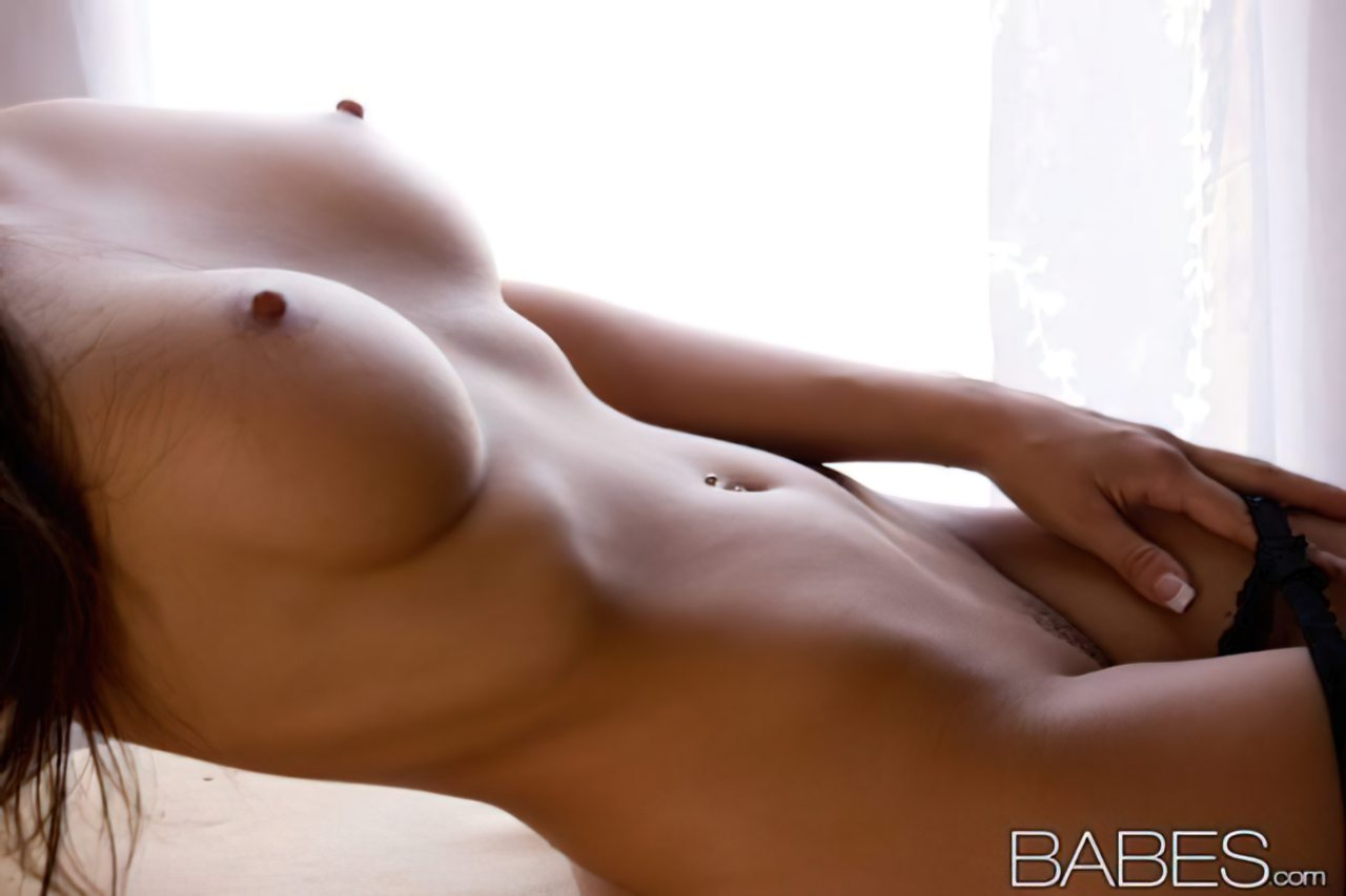 Sexy Abigail Mac (6)