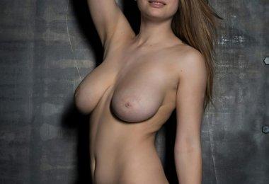 Bella (15)