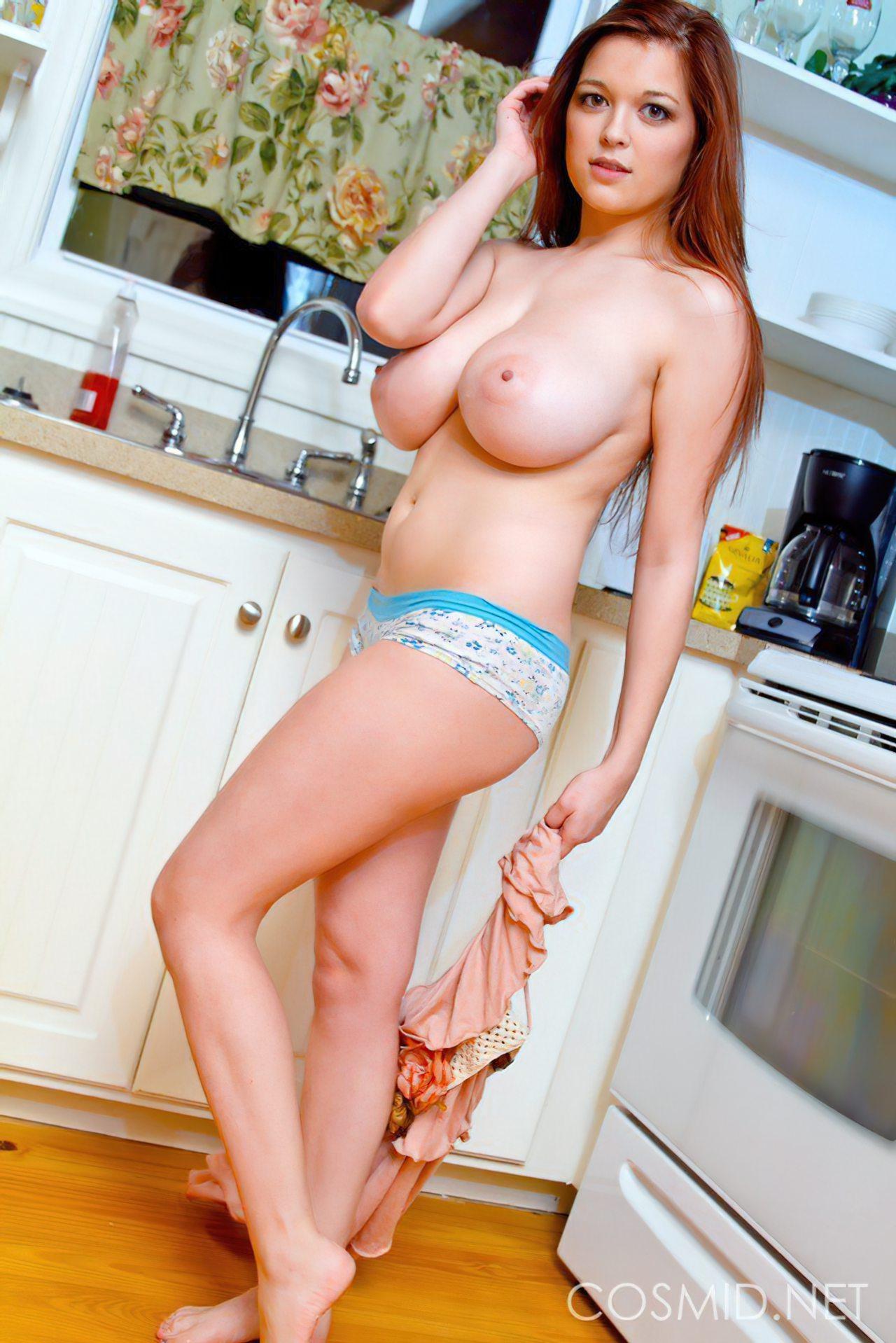 Sexy Tessa Fowler (11)
