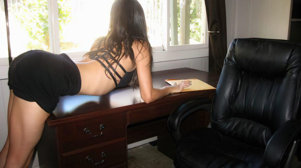 Secretária Exibicionista (7)