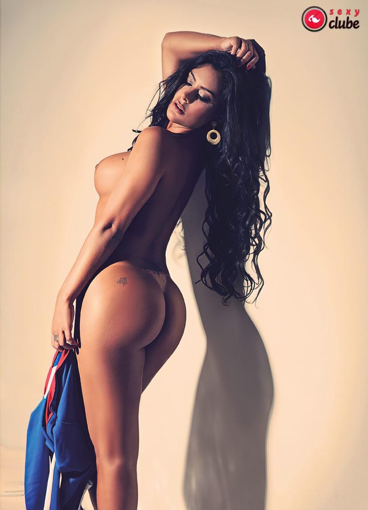 Larissa Riquelme Nua (13)