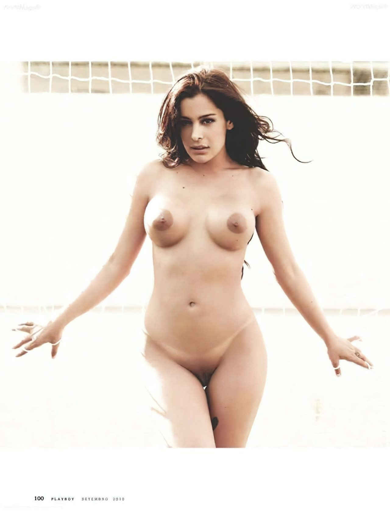 Larissa Riquelme Nua (26)